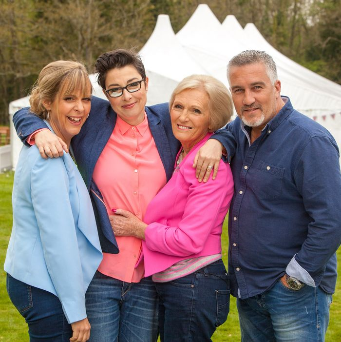 Mel Giedroyc, Sue Perkins, Mary Berry, Paul Hollywood.