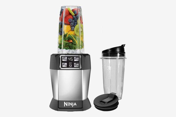 Ninja Nutri Ninja with 1000 Watt Auto-IQ Base for Juices