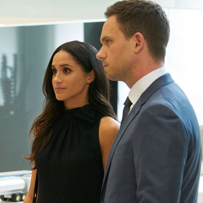 Meghan Markle S Scenes In Suits Season 7 Mid Season Premiere