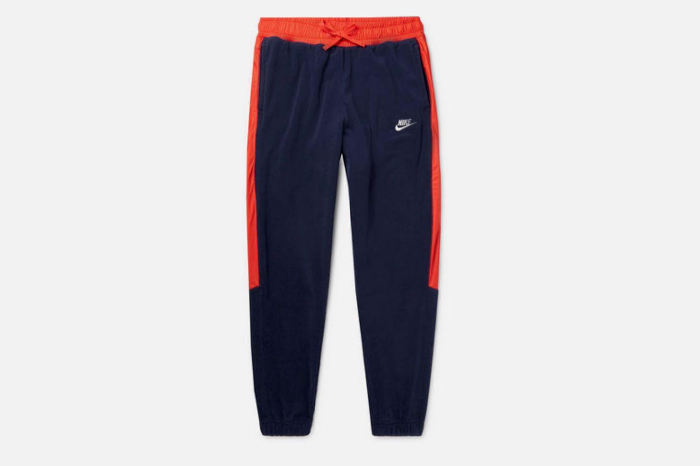 Nike Tapered Fleece Sweatpants