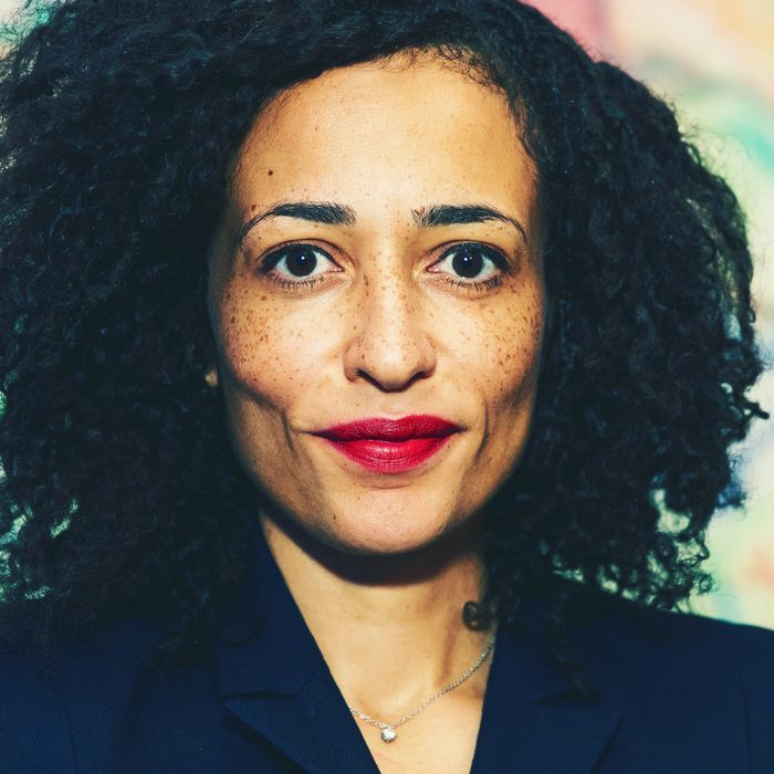Zadie Smith Girls Shouldn T Waste Time Applying Makeup