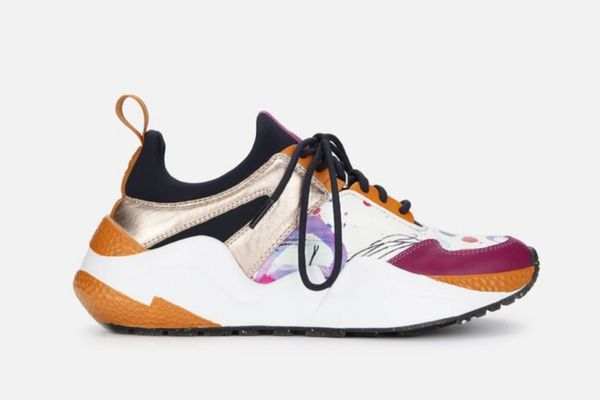 Kenneth Cole Maddox Resource Jogger Sneaker in Pink Multi