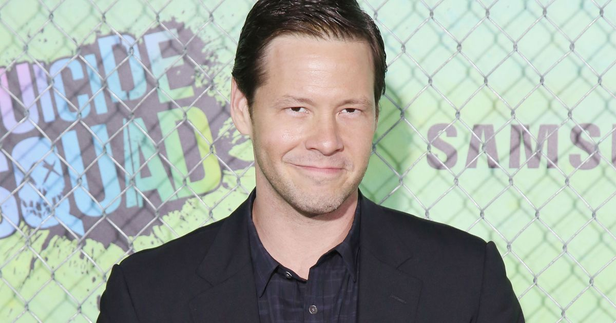 ike barinholtz the league