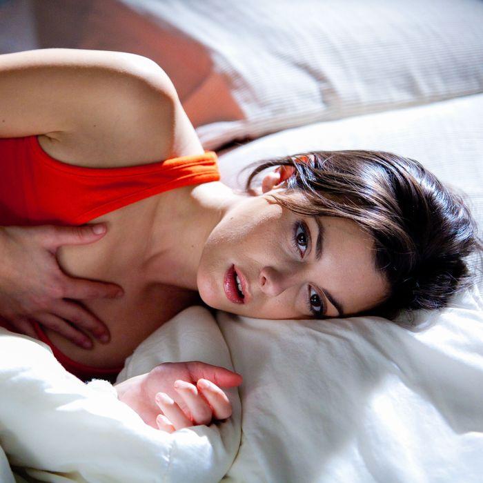 Lara flynn boyle nude gif