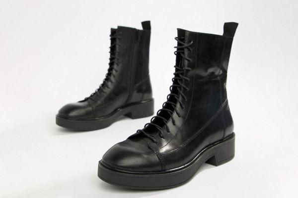 Vagabond Diane Lace-Up Black Leather Military Boots