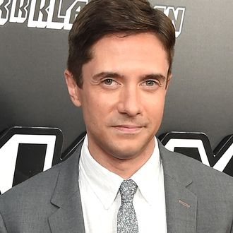 Topher grace fisting photos 31