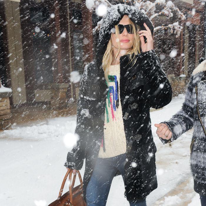PActress Kate Bosworth enters the AP portrait studio on January 21, 2012 in Park City, Utah.