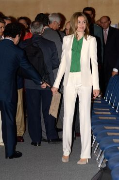 Princess Letizia of Spain attends the closing ceremony for the 'European Association for Cancer Research' congress held at the International Convention Center Barcelona on July 10, 2012 in Barcelona, Spain.