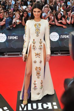 TORONTO, ON - JUNE 15:  Kendall Jenner arrives at the 2014 MuchMusic Video Awards at MuchMusic HQ on June 15, 2014 in Toronto, Canada.  (Photo by Sonia Recchia/Getty Images)