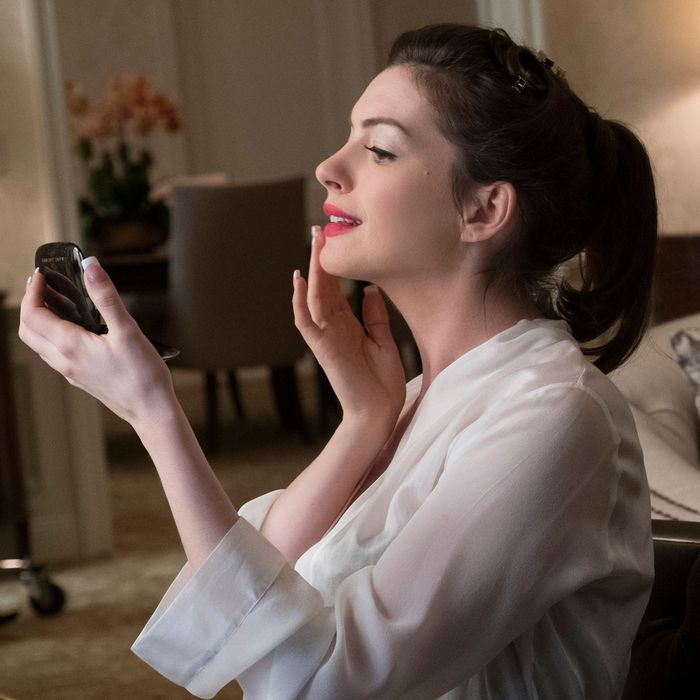 Anne Hathaway's Movie Star Is The Best Part Of Ocean's 8