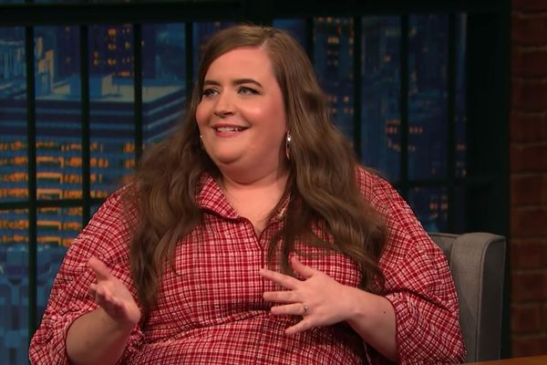 Aidy Bryant Had a Slightly More Emo High-School Experience Than Meghan McCain