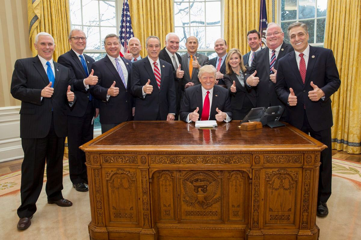 Donald Trump Tweets Thumbs Up Oval Office Picture