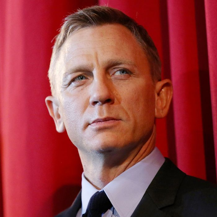 Bond or Not, Daniel Craig Is Setting Himself Up Nicely for ...