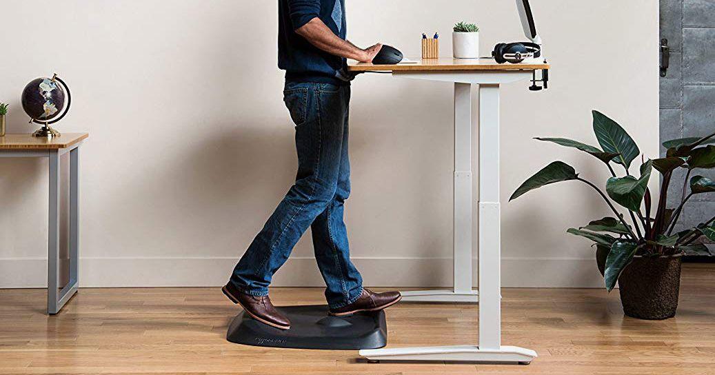 10 Best Standing-Desk Mats 2020 | The Strategist | New York Magazine