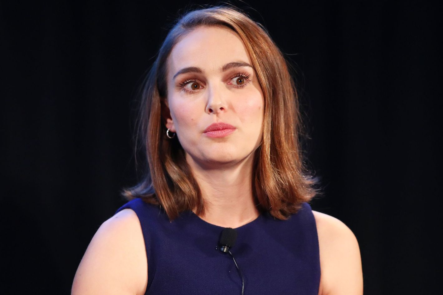 Actress Natalie Portman unveils her harassment stories amid series sexual harassment allegations