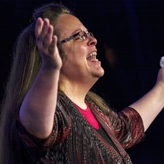Kentucky's Rowan County Clerk Kim Davis makes remarks after receiving the