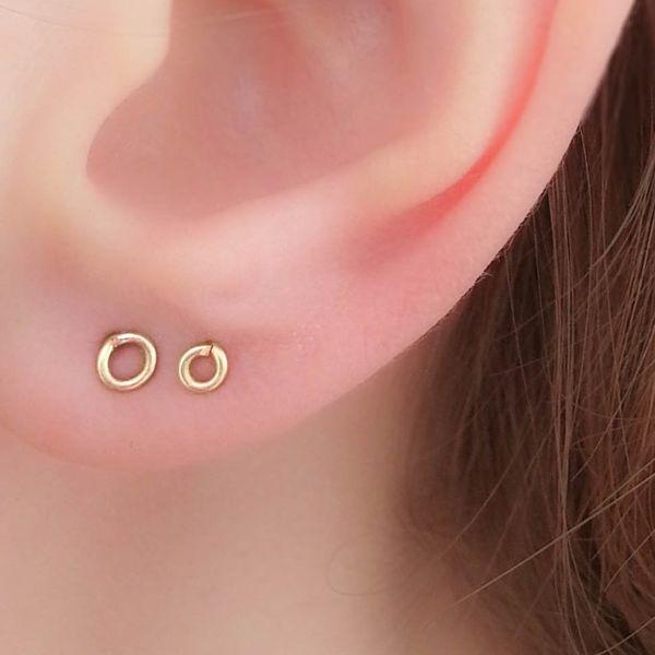 MoonliDesigns Tiny Circle Earrings