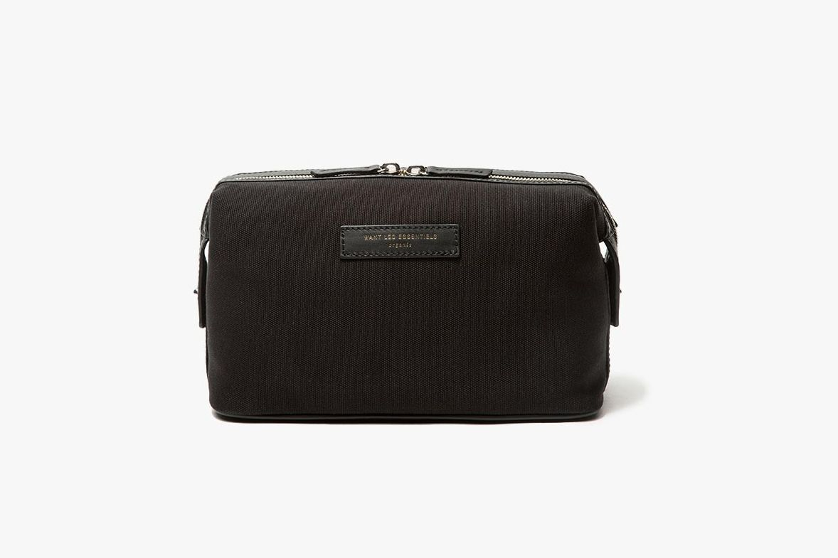 11eb78243e 11 Best Dopp Kits and Toiletry Bags for Men