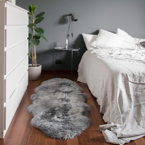 Outlavish Sheepskin Rug Genuine Soft Natural Merino, 2' x 6'