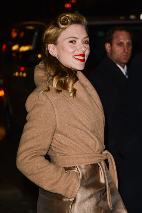 "Actress Scarlett Johansson leaves the ""Late Show With David Letterman"" taping at the Ed Sullivan Theater on January 8, 2014 in New York City."