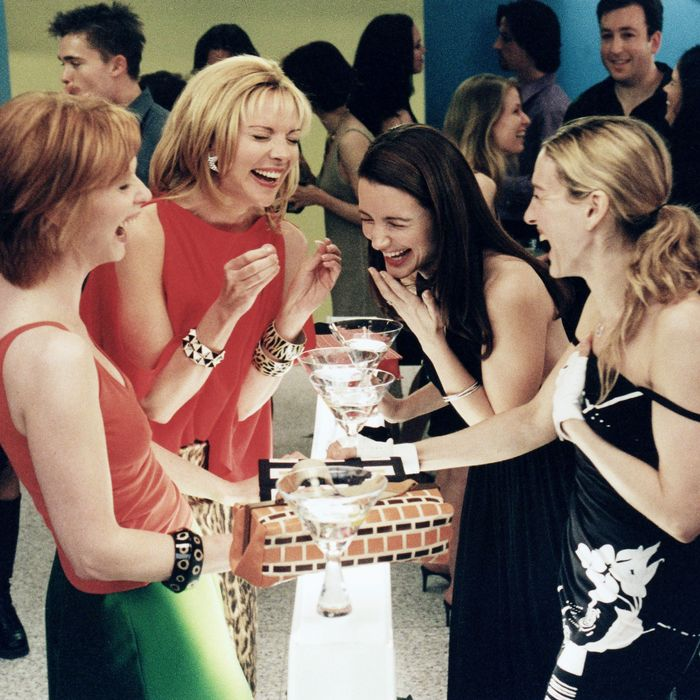Cynthia Nixon, Kim Cattrall, Kristin Davis, and Sarah Jessica Parker in Sex  and The City. Photo: Hbo/Darren Star Productions/Koba