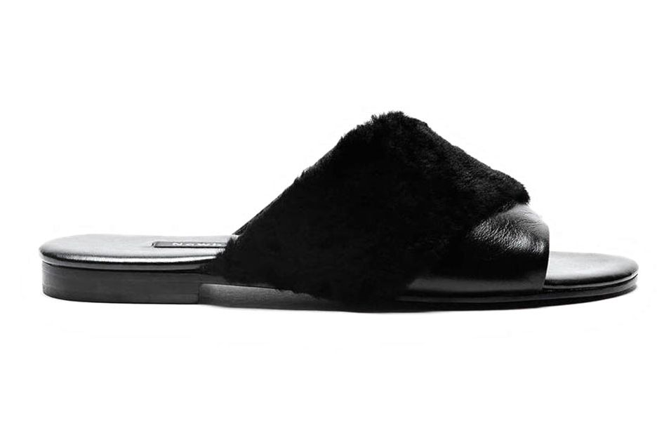 2eedabfd399 7 Alternatives to Rihanna s Sold-out Fur Slides