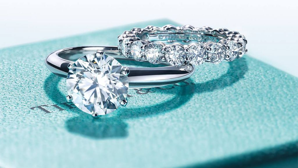 Shimmering pieces of Tiffany jewelry
