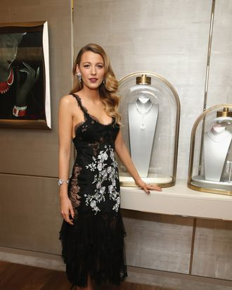 134f667b833 Interview  Blake Lively on the Cheesecake Factory