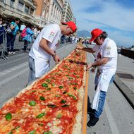 'World's Longest' Pizza Actually Doesn't Look That Bad