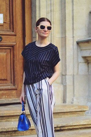 wide striped pants how to wear