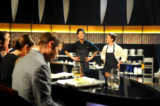 TOP CHEF -- 1017 -- Pictured: (l-r) Kristen Kish, Brooke Williamson