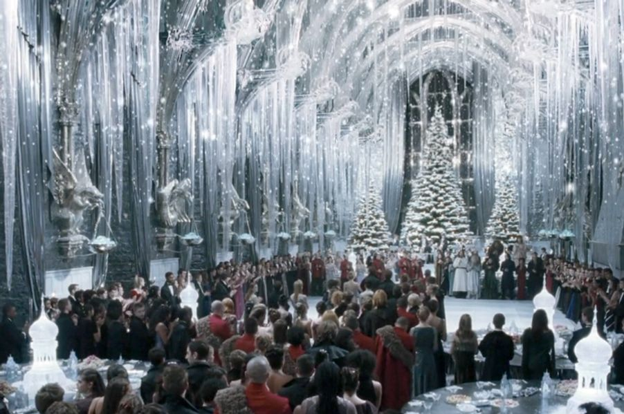 all 50 xmas gifts given in harry potter ranked vulture. Black Bedroom Furniture Sets. Home Design Ideas