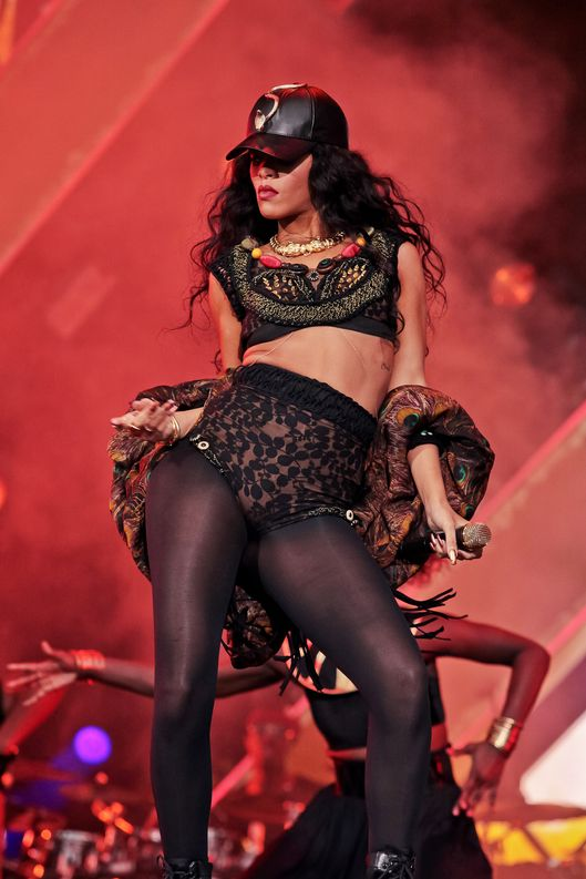 Rihanna performs on stage on Day 3 of Wireless Festival at Hyde Park on July 8, 2012 in London, United Kingdom.