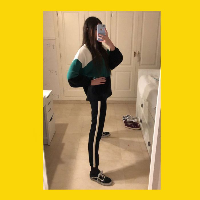 0a8708a4ddb How many legs does this girl have  Don t overanalyze. Don t stop to think  too hard. Do you see two very skinny legs  Congrats … you have seen this  week s ...