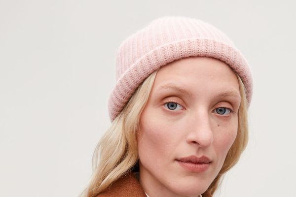 COS Ribbed Cashmere Hat, Rose Pink