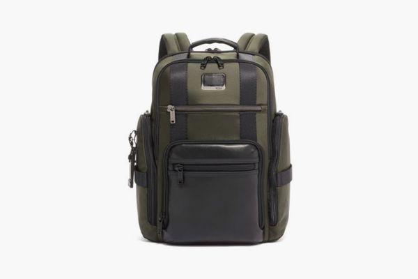 Tumi Sheppard Deluxe Brief Pack