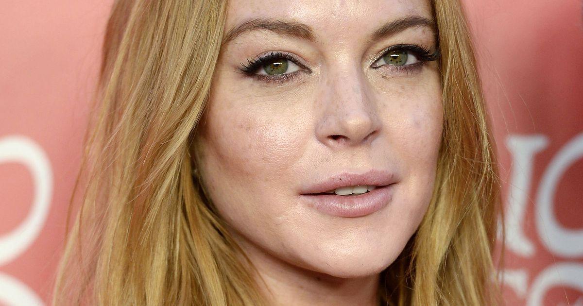 Lindsay Lohan Is Writi... Lindsay Lohan