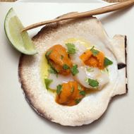 Grilled scallops with uni.