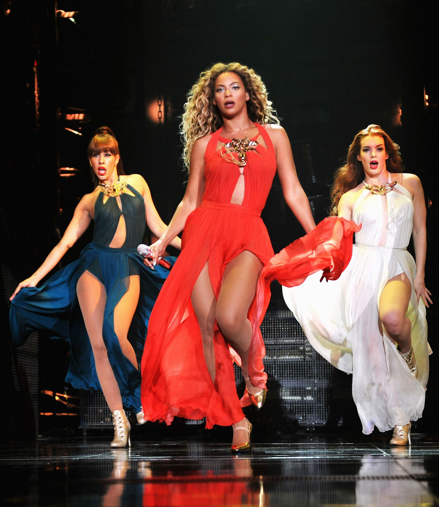 Beyonce mrs carter tour freakum dress images