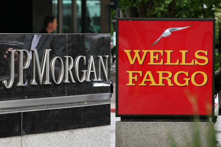 JPMorgan Chase & Wells Fargo signs