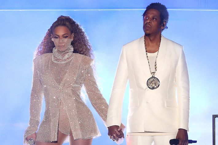 beyonc and jay z s on the run ii everything that happened. Black Bedroom Furniture Sets. Home Design Ideas