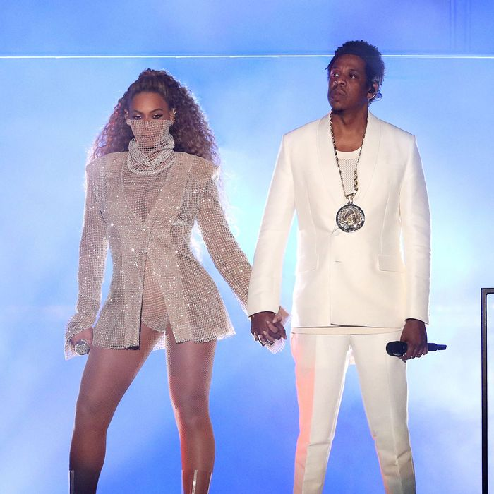 Beyonc And Jay Zs On The Run Ii Everything That Happened