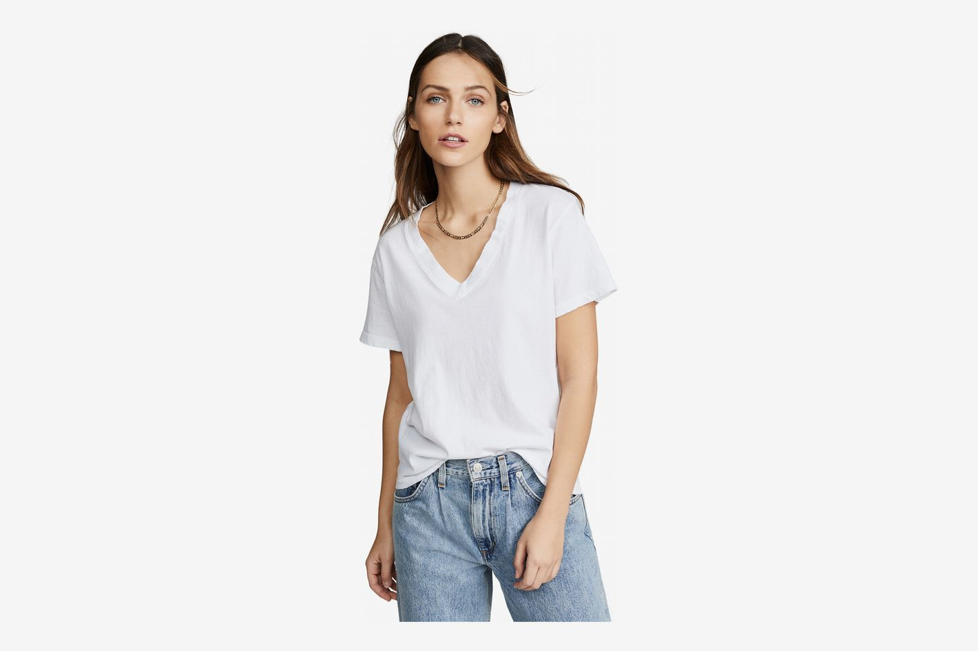 73c405cb6f64 The 17 Best White T-shirts for Women 2019