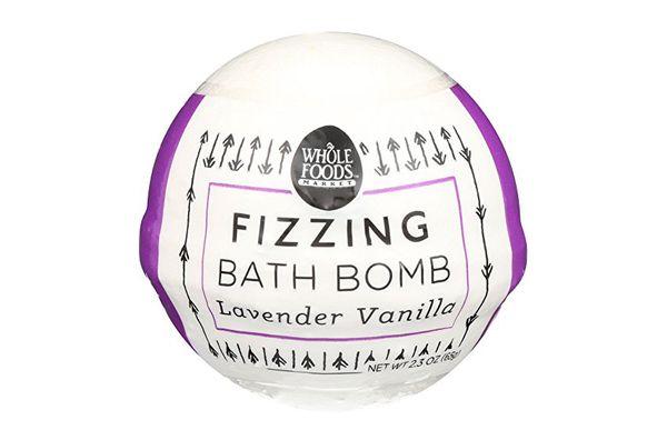 Whole Foods Market, Lavender Vanilla Fizzing Bath Bomb, 2.3 oz