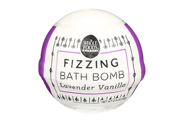 Whole Foods Market, Lavender Vanilla Fizzing Bath Bomb, 2.3 oz