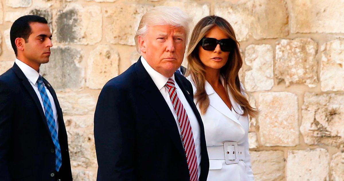 Watch Melania Trump Swat Donald Trump S Hand Away In Israel