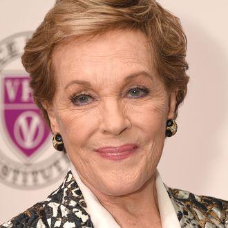 Julie Andrews maria von trapp
