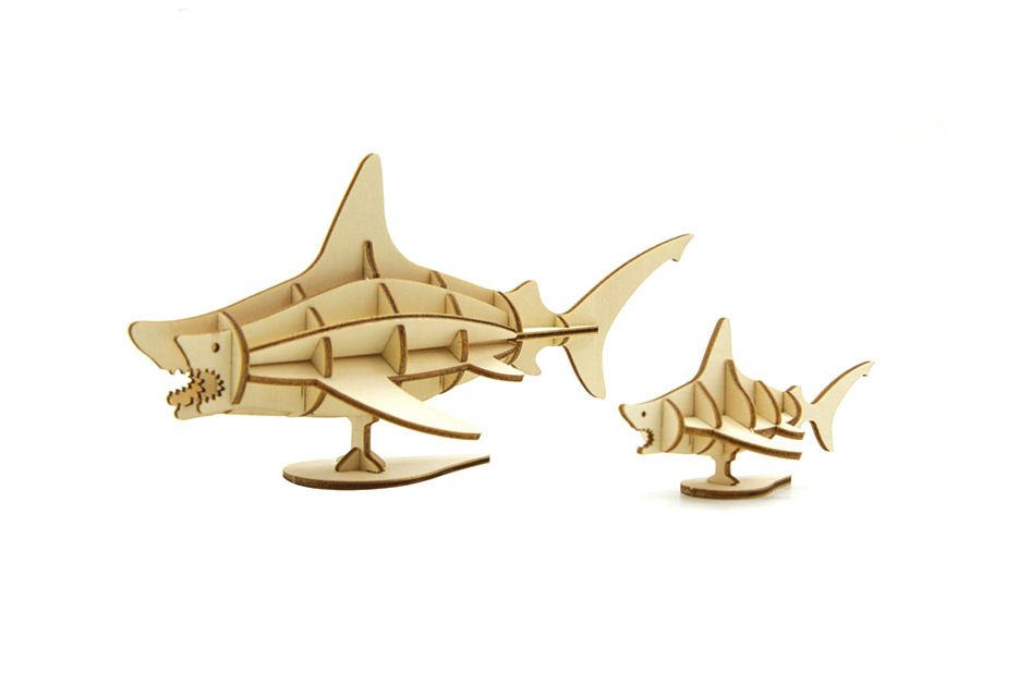 IncrediBuilds: Great White Sharks 3D Wood Model