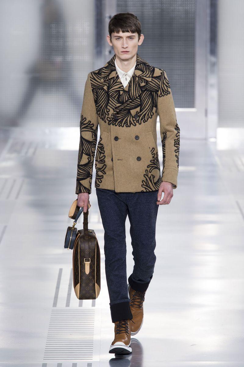 Louis Vuitton Paris Laukku : Louis vuitton fall menswear the cut