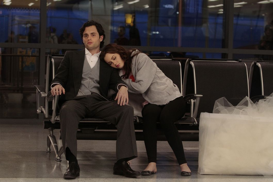 """THE BACKUP DAN""GOSSIP GIRLPictured (L-R)   Penn Badgley as  Dan Humphrey and Leighton Meester as Blair Waldorf PHOTO CREDIT:  GIOVANNI RUFINO/THE CW© 2011 THE CW Network, LLC.  All Rights Reserved."